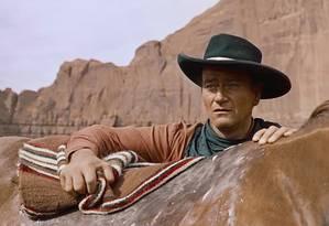 John Wayne em cena de