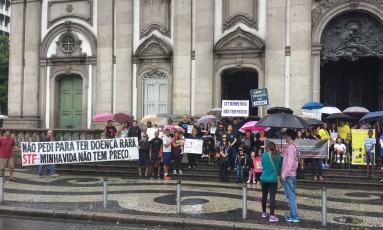 Manifestação ocorreu na Candelária neste domingo Foto: Júlia Amin