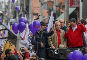 Ex-presidente participou de ato na Zona Leste de São Paulo em apoio à reeleição do prefeito Fernando Haddad Foto: Agência O Globo/ Pedro Kirilos/25-09-2016
