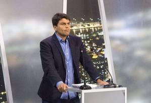 O candidato Pedro Paulo (PMDB) no debate deste domingo Foto: Antonio Scorza / Agência O Globo