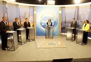 Candidatos à Prefeitura de Porto Alegre durante debate na Record Foto: Divulgação