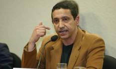 Sérgio Gomes da Silva, o Sombra, presta depoimento à CPI dos Bingos Foto: Ailton de Freitas/17-11-2005