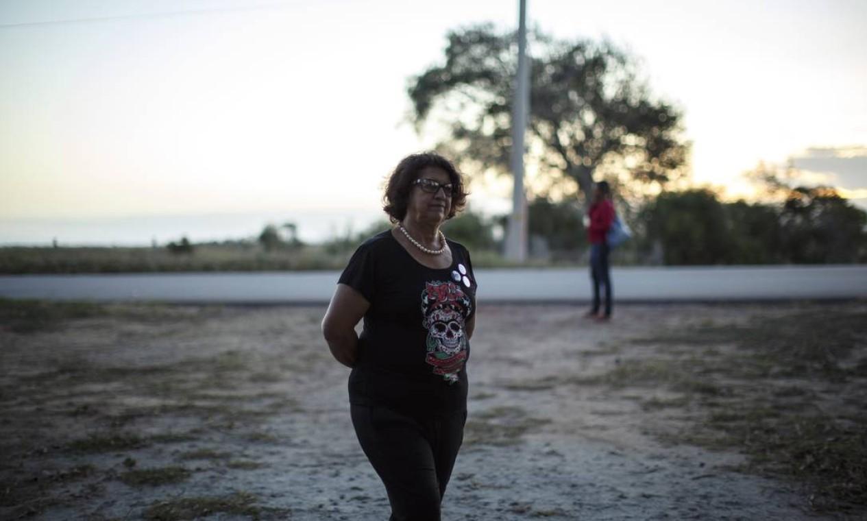 Noêmia Magalhaes, de 70 anos, já luta ha seis anos para permanecer no Sítio do Birica Foto: Daniel Marenco / Agência O Globo