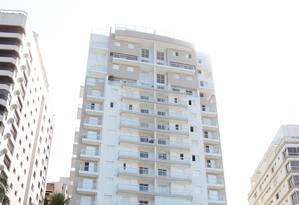 O edifício Solaris, no Guarujá Foto: Michel Filho
