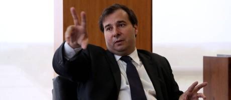O presidente da Câmara, Rodrigo Maia (DEM), vê com bons olhos a alternativa da votação em listas fechadas Foto: Ailton de Freitas / Agência O Globo