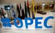 """Opep. O logo do cartel, pela sigla em inglês: """"decisão excepcional"""", de acordo com o ministro iraniano Bijan Zanganeh Foto: Ramzi Boudina/REUTERS"""