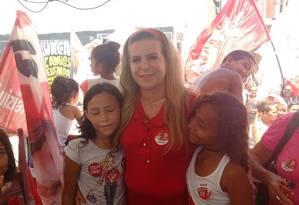 Segundo pesquisas de intenção de voto, a candidata do PT em Fortaleza está em terceiro lugar Foto: Agência O Globo