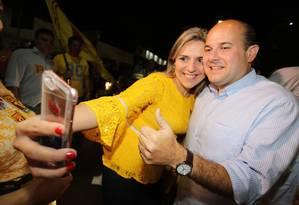 O prefeito de Fortaleza e candidato a reeleição Roberto Cláuudio durante evento de campanha: os aliados Ciro e Cid Gomes não gravaram programas eleitorais Foto: Divulgação