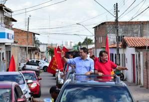 O prefeito e candidato à reeleição em São Luís, Edivaldo Holanda Júnior (PDT), líder das pesquisas de intenção de voto, durante campanha Foto: Divulgação