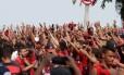 Torcida promete repetir festa que fez antes do jogo contra o Palmeiras Foto: Márcio Alves / Agência O Globo