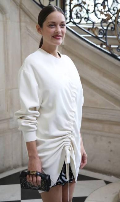 A atriz Marion Cotillard preferiu um microvestido para a ocasião Thibault Camus / AP
