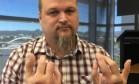 Australiano tem dedão do pé implantado no lugar de polegar Foto: Reprodução/Facebook
