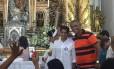O prefeito de Salvador, ACM Neto (DEM), durante missa na igreja do Senhor do Bonfim
