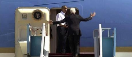 Obama reclama com Clinton após ex-presidente demorar para embarcar Foto: Reprodução