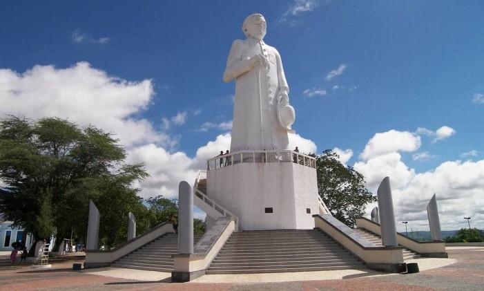 Estátua de Padre Cícero, em Juazeiro do Norte, Ceará Foto: Divulgação
