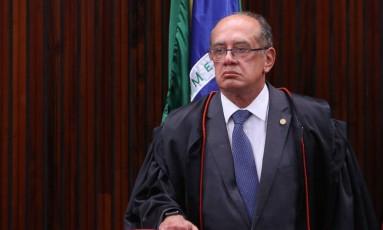 Gilmar Mendes durante sessão no Tribunal Superior Eleitoral (TSE) Foto: André Coelho / Agência O Globo