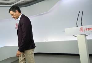 Pedro Sanchez deixa liderança depois de anunciar sua renúncia Foto: SUSANA VERA / REUTERS