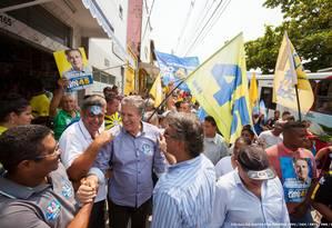 O candidato do PSDB à prefeitura de Belo Horizonte, João Leite, participa de atividade de campanha Foto: Alexandre Mota / Nitro / Divullgação