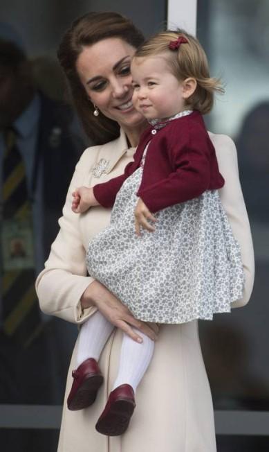 Mais de Kate e da princesa Charlotte Jonathan Hayward / AP