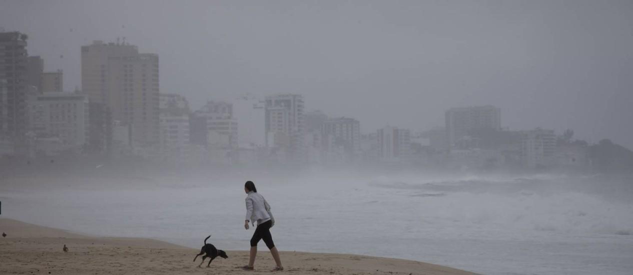 A Praia do Leblon Foto: Márcia Foletto - 18/05/2016 / Agência O Globo