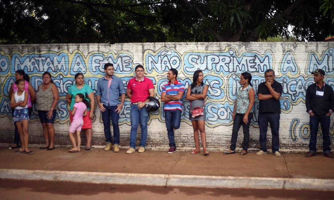 A disputa ficou entre Valdivino Milhomem de Moraes (PSD), o Divino, e o atual prefeito Valdmir Ribeiro de Castro (PTB), o Edinho. Foto: Marcos Alves / Agência O Globo