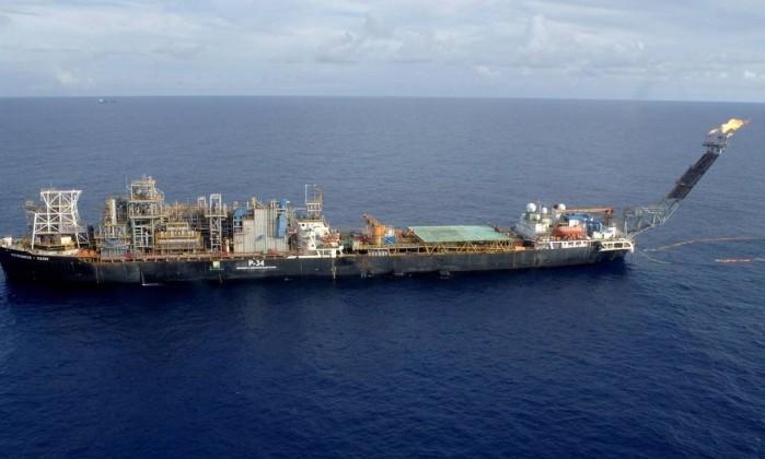 Resultado de imagem para petróleo no pré-sal da Bacia de Campos