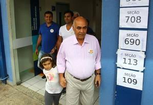 Eleitores de Nova Iguaçu elegeram Nelson Bornier (PMDB) para o quarto mandato Foto: Cléber Júnior / Agência O Globo