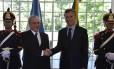 Presidente viajou a Buenos Aires para se encontrar com Macri