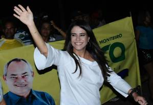 A candidata do PSC à prefeitura de Japaratuba (SE) durante atividade de campanha Foto: Reprodução/Facebook