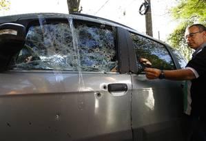 Na época a perícia recolheu 16 capsulas de pistola de dois calibres. Foto: Pablo Jacob / Agência O Globo