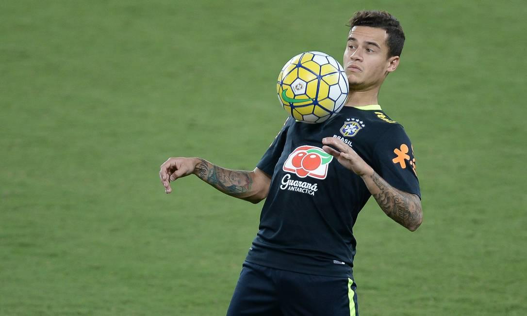 Philippe Coutinho domina a bola no treino desta terça, na Arena das Dunas Pedro Martins - Mowa Press