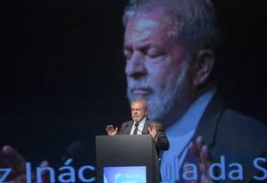 Lula participa de conferência internacional se sindicalistas no Rio Foto: Antonio Scorza / Agência O Globo