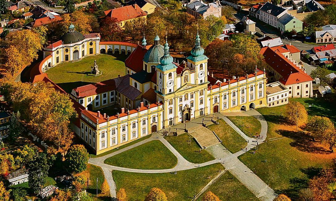 Visão geral da igreja barroca de Kopecek, em Olomuc, República Tcheca Foto: Divulgação