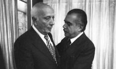 Deputado Ulysses Guimarães e o senador José Sarney se encontram para alinhar MDB e Arena quanto ao projeto de anistia Foto: Orlando Brito / Agência O Globo