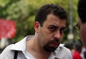 O ativista Guilherme Boulos, líder do Movimento dos Trabalhadores Sem Teto (MTST) Foto: Fernando Donasci / Agência O Globo / 14-1-2015