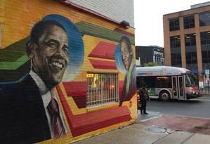 Mural do Ben's Chili Bowl, em Washington DC, homenageia Barack Obama Foto: O Globo / Henrique Gomes Batista