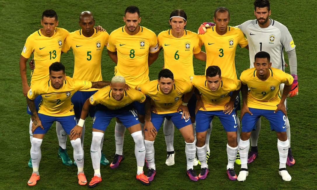 Os onze titulares do Brasil na partida contra a Bolívia VANDERLEI ALMEIDA / AFP