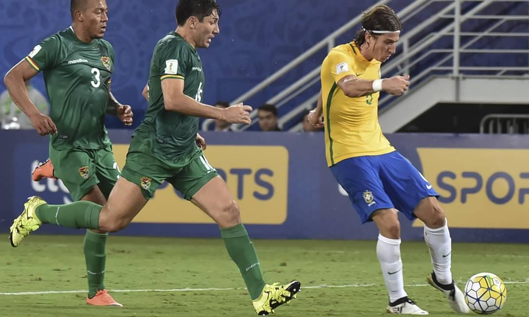 O lateral-esquerdo Filipe Luis marcou o terceiro do Brasil NELSON ALMEIDA / AFP