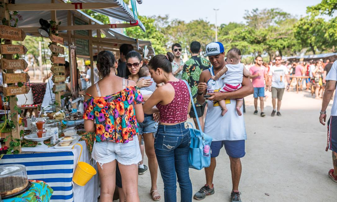 O evento terá cerca de 40 expositores com bebidas, comidas e produtos artesanais com preços de até 20 reais Bel Acosta / Divulgação