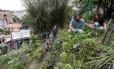 Na casa de Alice Worcman, em Santa Teresa, jovens dos coletivos Organicidade, Carpe e Cariru se reúnem