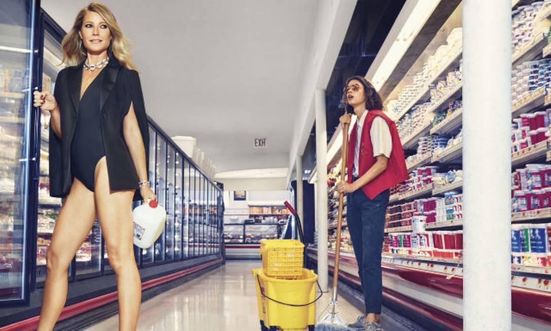 As fotos foram feitas por Alexi Lubomirski e, segundo a revista, um dos funcionários chegou a dizer durante o ensaio: 'queria que todos os clientes fossem assim' Divulgação / Harper´s Bazaar