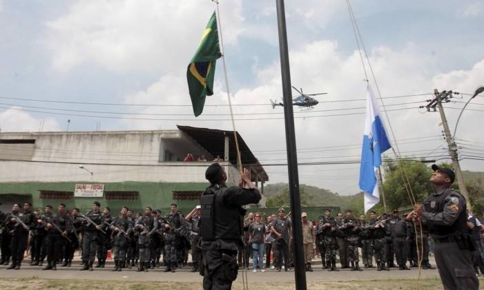 Cerimônia de inaguração UPP da Vila Kennedy, a 38ª do estado Foto: Bruno Gonzalez - 13/03/ 2014 / Agência O Globo