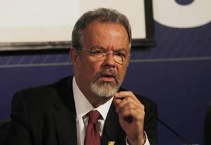 O ministro da Defesa, Raul Jungmann, em 02/10/2016 Foto: Givaldo Barbosa / Agência O Globo