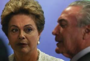 Dilma e Temer Foto: André Coelho/ Agência OGlobo