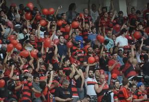Torcida do Flamengo no Beira-Rio, para o jogo contra o Internacional Foto: Staff Images / Flamengo