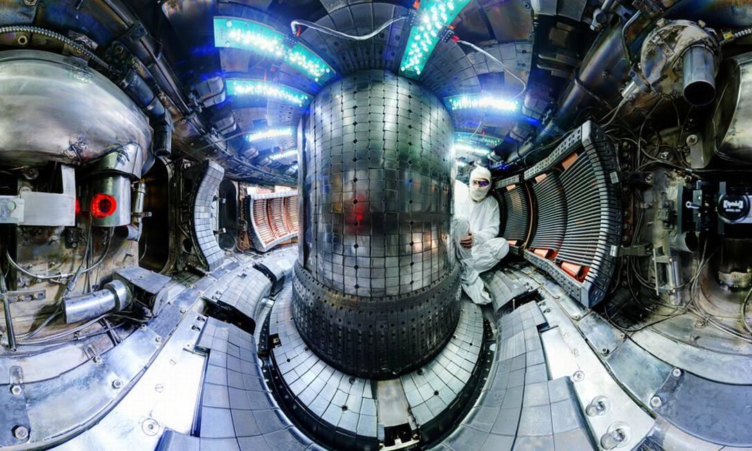 O interior do reator de fusão nuclear do MIT, onde foi registrado o recorde Foto: MIT/Bob Mumgaard