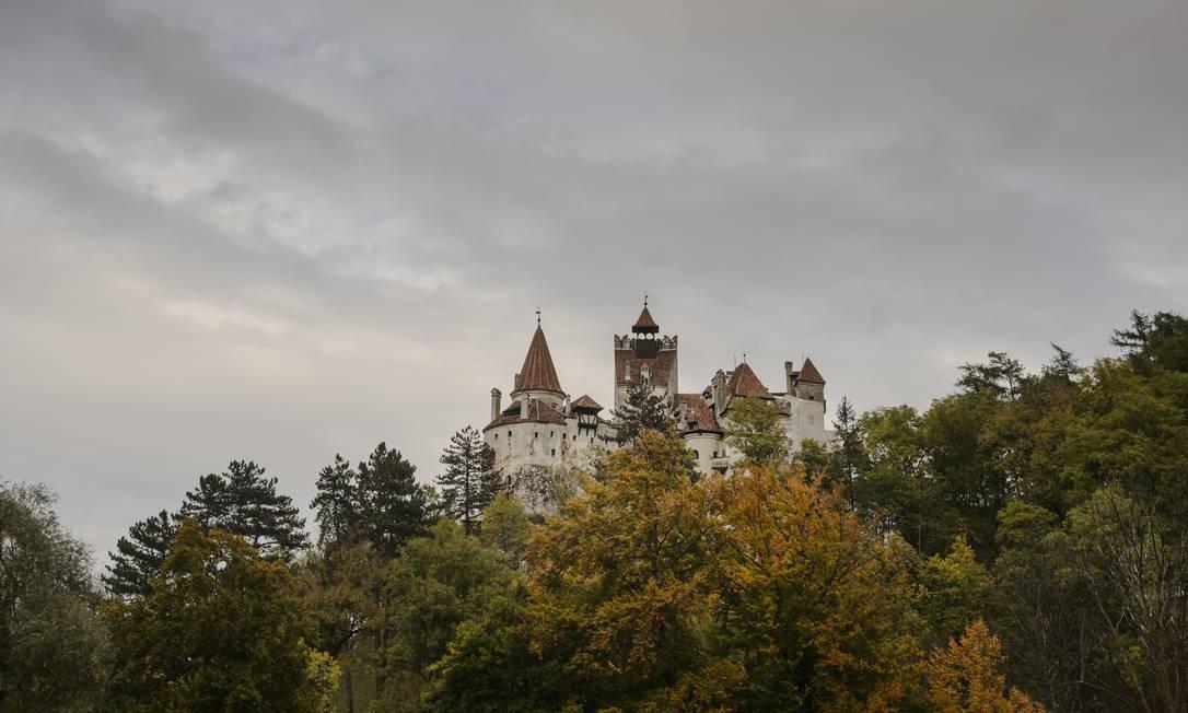 Vista externa do castelo de Drácula Foto: Andreea Alexandru / AP