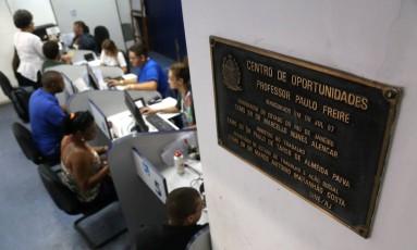 Centro de oportunidades de emprego no Rio Foto: Custódio Coimbra / Agência O Globo