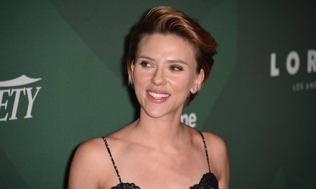 Close na beleza de Scarlett Johansson ROBYN BECK / AFP