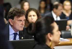 Marcelo Crivella (PRB-RJ), candidato à prefeitura do Rio, passou parte da manhã desta terça no Senado Foto: Jorge William / Agência O Globo